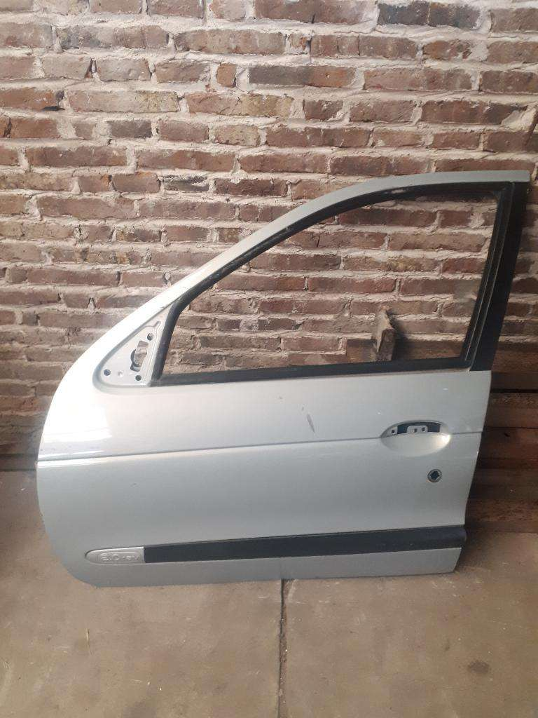 Puerta Delantera Izq Renault Megane 0