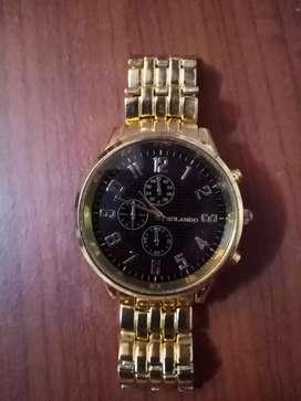 Reloj analógico rolando