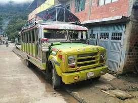 Bus escalera (chiva) marca dodge