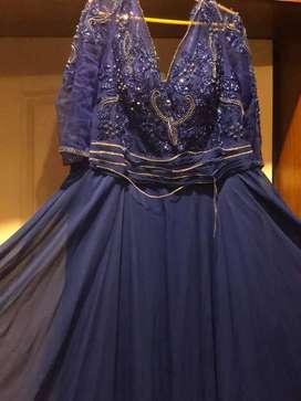 Vendo bonito vestido de matrimonio con pedreria