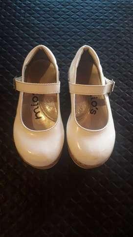 Zapatos de niña talle 27/28