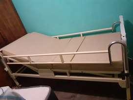 Cama clínica ortopédica + colchón