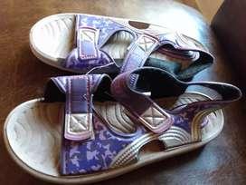 Sandalias de goma nuevas num.33/34