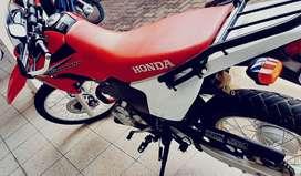 Vendo Honda Tornado