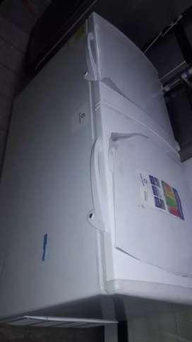 Vendo  congelador de 20pies indurama doi garantia y facturado