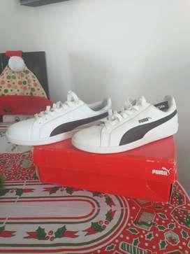 Zapatillas pumas white black nuevos