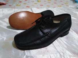 Zapatos Serios