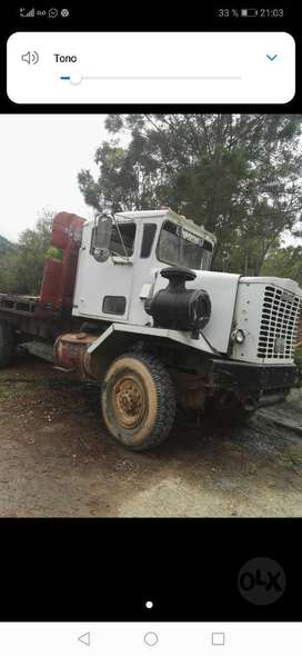 Camion 6x6