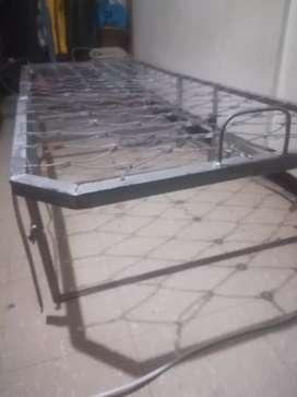 Katre russo cama barata
