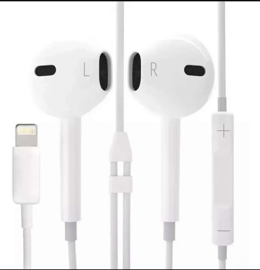 Auricular iPhone Original Earpods Lightning 0