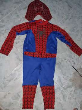 Disfraz araña con máscara