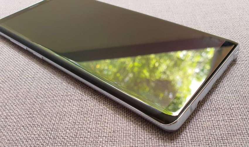 Celular Samsung Galaxy Note 8. 128Gb RAM de 6Gb Pantalla 6.3 pulgadas 0