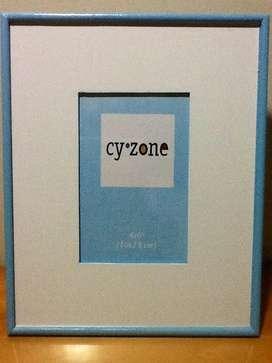 Lindo Portarretrato de Madera color azul bebé! Excelente Precio!