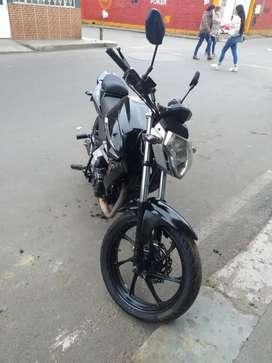 Vendo moto 180 modelo 2014