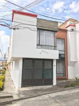 Hermosa Casa en  unidad residencial Los Eliseos Pasto.