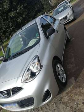 IMPECABLE NISSAN MARCH 2017