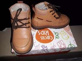 Zapatos de nino
