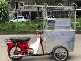 Carro de cholado con motocicleta  c70.