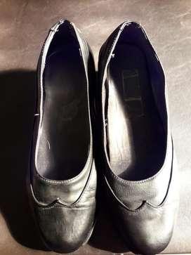 Zapatos de Cuero, N,poco Uso