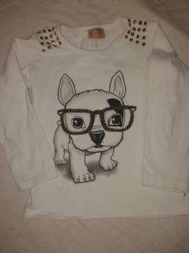 Remera Popys T4 Diseño Perro Con Lente Tachas Algodon Grueso
