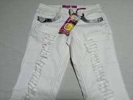 Jeans para señorita nuevo con etiqueta
