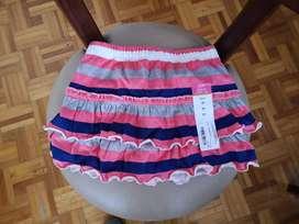 Falda bebe USA 2 años color rosada blanca y azul okie dokie