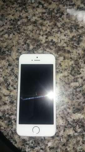 Se vende iphone SE o se lo cambia por un iphone 6.
