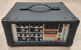 Consola de sonido + Cabinas Peavey originales