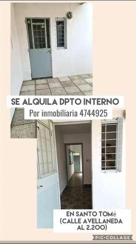 Se alquila dpto interno en calle Avellaneda al 2.200 (Santo Tomé)