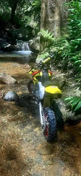 Suzuki rm 65