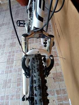 2 bicicletas futura mtb