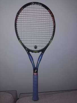 Raqueta de Tenis - Marca Asics