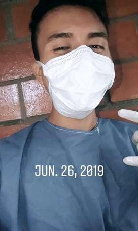 Busco trabajo de auxiliar de enfermeria