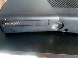 Vendo cbio Xbox 360 slim