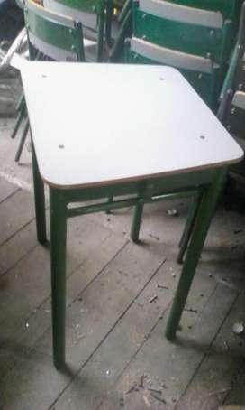 Mesas Estudiantiles