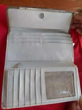 Vendo billetera Renzo costa original