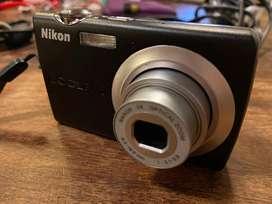 Cárama digital Nikon coolpix s203