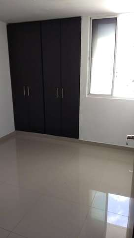 Se arrienda una (1) habitación apartamento compartido