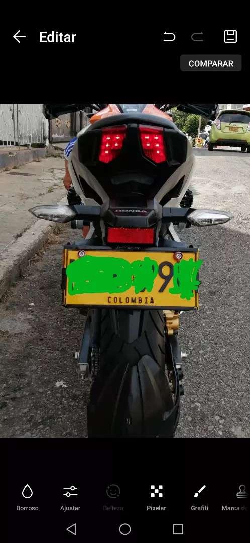 Se. Vende moto. Honda CB 190 R.