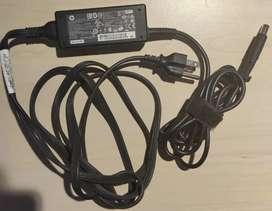 Adaptador HP/ Cargador 45W