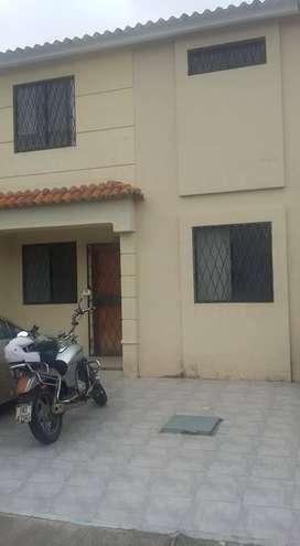 Alquilo habitación independiente con baño privado en Urb. Milann