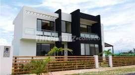 Venpermuto casa campestre Girardot por casa o apto en Bogota