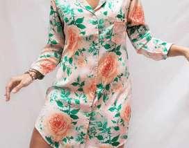 Bata en seda floral talla L y XL