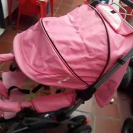 Coche bebesit rosado