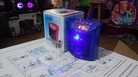 Parlante Radio Portátil Recargable Memoria micro sd