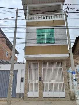 Se vende casa de 3 pisos / precio se brindars en la llamada