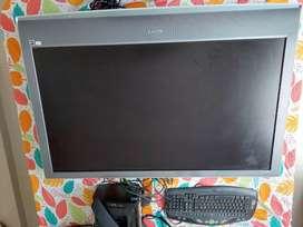 "Se vende Televisor 45"" pantalla plana convencional"