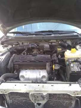 Se vende  o permuta vehículo Daewoo Nubira
