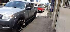 Se vende camioneta Mazda 4x4 2013