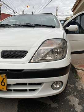 Impecable RENAULT SCENIC